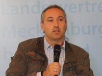 Dr. Alexander Neu