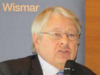 Prof.Dr. Hans-Henning Schröder